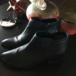 Sam Edelman Black Leather Zip Booties